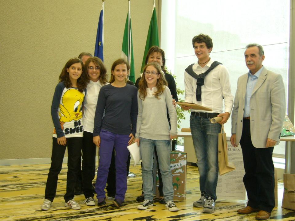"""Premiazione concorso """"Ecoscuola"""" - Milano 2009"""